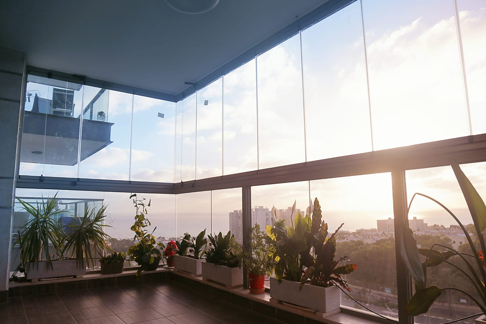 חלונות זכוכית נאספות
