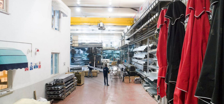 מפעל ייצור פרגולות חשמליות